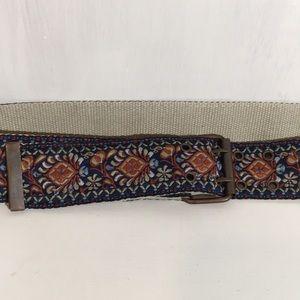 Jacquard webbing belt